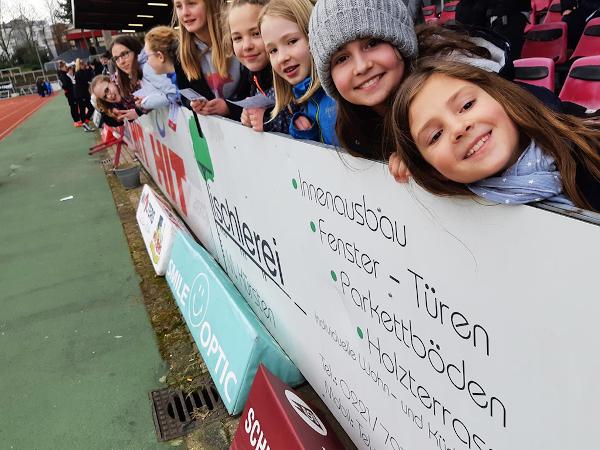 FVP Mädchenfußball Nachwuchs auf Tour