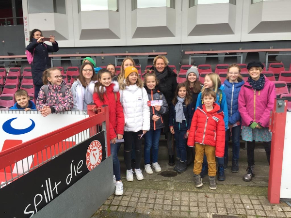 FVP Mädchenfußball Nachwuchs trifft Bundestrainerin